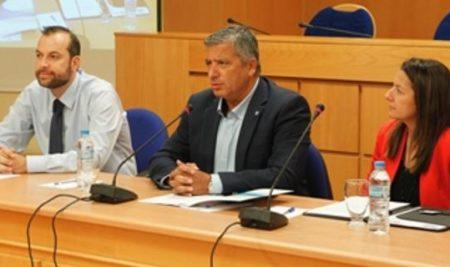 Η ΣΒΙΕ και η Κ.Ε.Δ.Ε. ενώνουν τις δυνάμεις τους σε μια πρωτοβουλία ανθρωπιάς: 50 πλήρεις υποτροφίες σε κοινωνικά ευάλωτους δημότες της Αττικής!