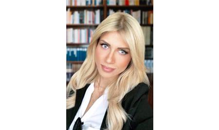 H Σάντυ Κουτσοσταμάτη σύμβουλος σπουδών στον Τομέα Παιδαγωγικών του ΙΕΚ ΣΒΙΕ